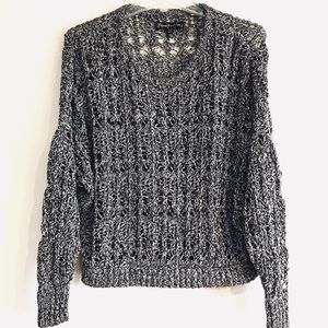 ELIZABETH AND JAMES KNIT SWEATER SIZE XS
